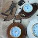 relojes y portallaveros